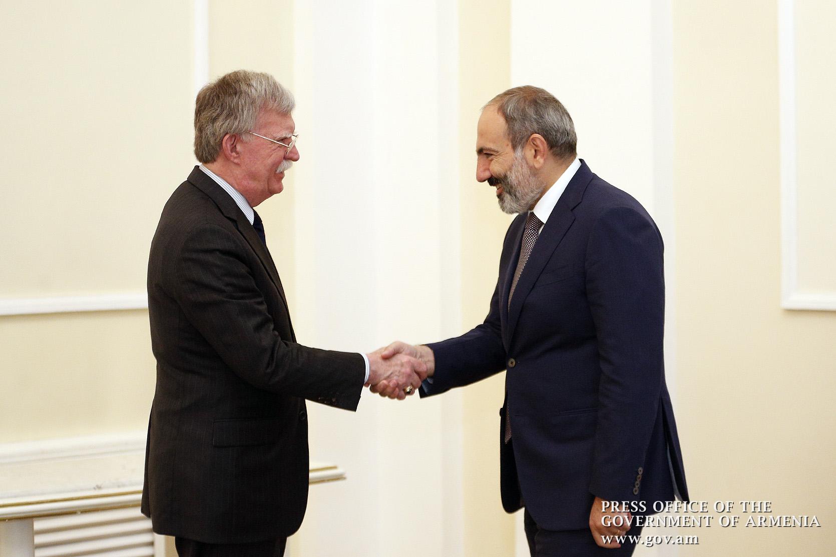 Джон Болтон наговорил лишнего в Армении