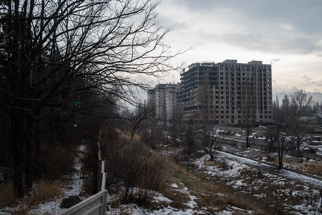 Плохое городское планирование является одной из главных причин образования висящей на Бишкеком тучи смога.